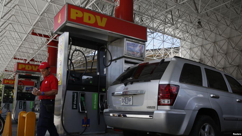Venezuela, el país donde cuestan lo mismo un huevo y  93,3 millones litros de gasolina